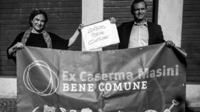 Municipalismo, autogoverno, contropotere: striscione sui beni comuni