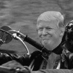 Donald Trump sulla moto di easy rider